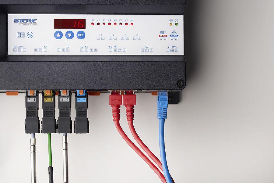 Störk-Tronic ST-Box, Splitlösung, Trennung Regelung und Bedieneinheit / Anzeige, modular, steckfertig.