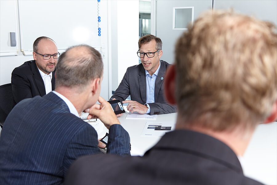 Störk-Tronic, technische Kompetenz, Beratung, Kundennähe, Zusammenarbeit, für jede Branche, Mess- und Regeltechnik, Regler, Temperaturregler.