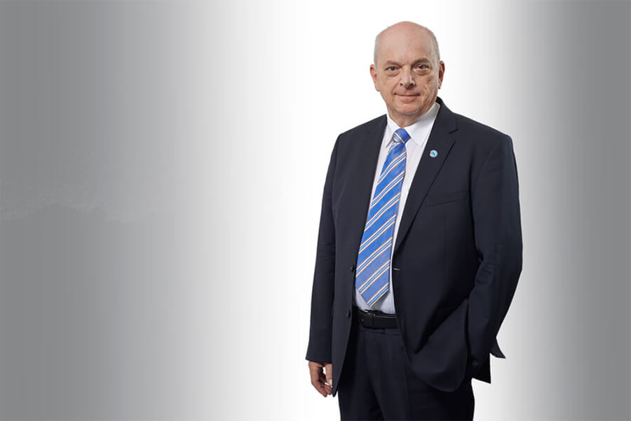 [Translate to Niederländisch:] Störk-Tronic Senior Geschäftsführung, Senior Geschäftsleitung, Firmengründer, Andreas Kleimann.